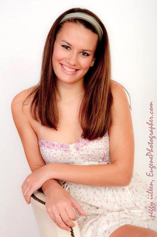 senior-modeling-photographer-eugene-