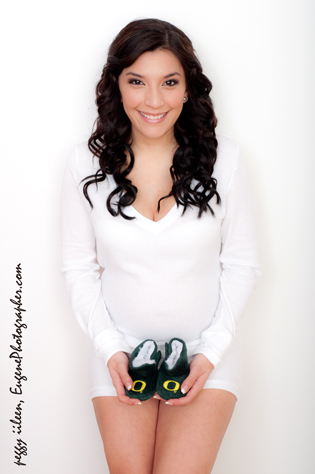 maternity-photographers-eugene-