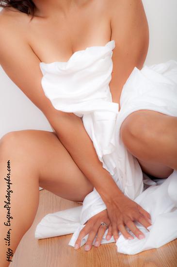 boudoir-glamor-photographer-eugene-oregon-