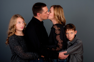 family-studio-photographers-eugene-oregon-