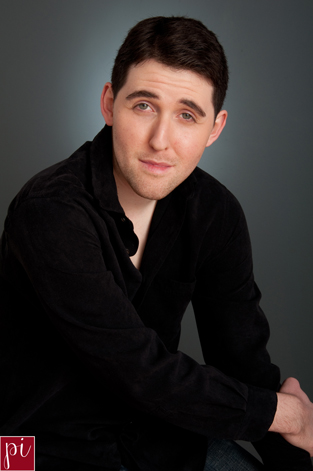 actor headshots for Ami photography in eugene oregon
