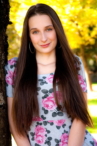 senior pictures for Kaitlyn in Eugene, Oregon