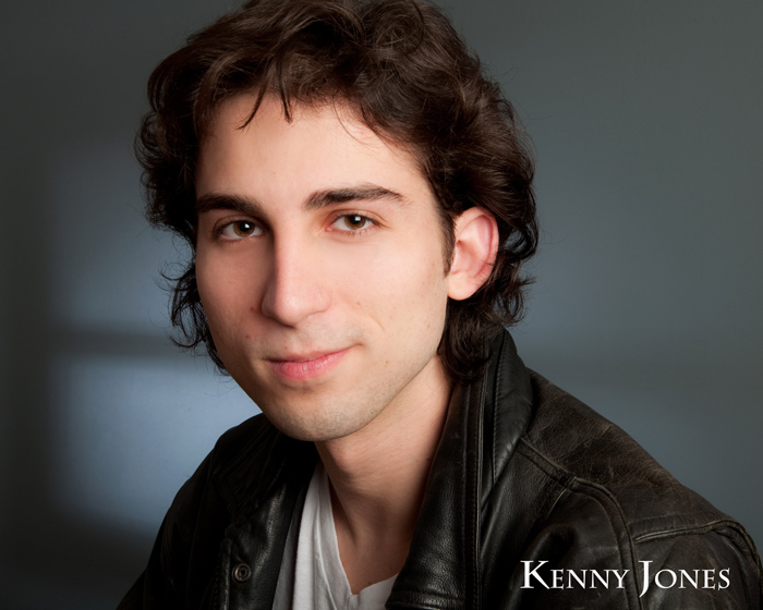 acting headshots for Kenny Jones in Eugene, Oregon