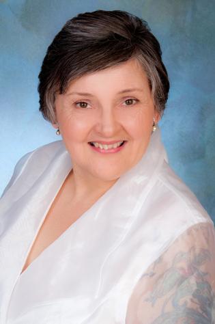 Real estate professional photographer for Karen J. Miller in Eugene, Oregon