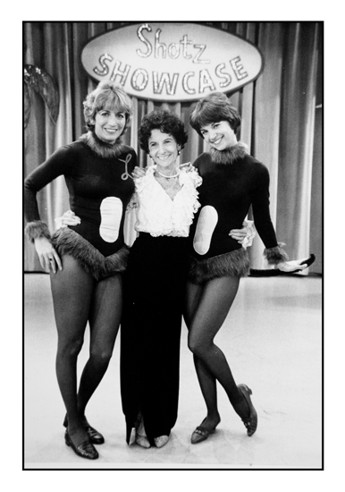laverne-and-shirley's-mama-Hollywood-80's