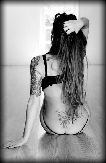 boudoir-photography-by-peggy-iileen